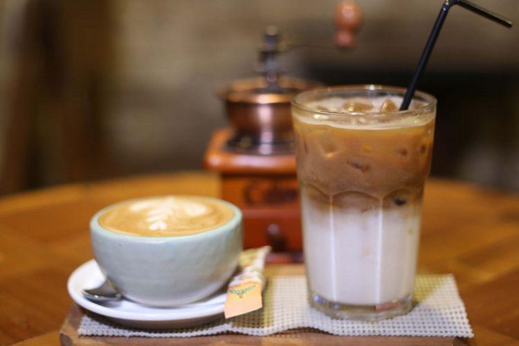 cara membuat es kopi latte