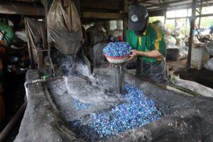 Cara Daur Ulang Sampah Plastik?