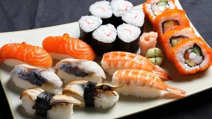macam macam sushi